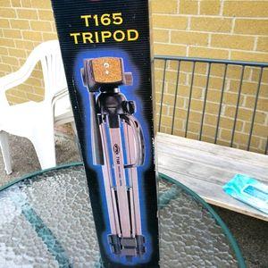 Tripod.